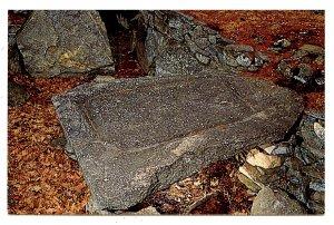 NH - North Salem. America's Stonehenge, Sacrificial Table
