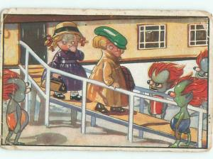 foreign c1910 Sci-Fi aliens GERMAN BOY AND GIRL FIND MARTIANS FROM MARS AB8525