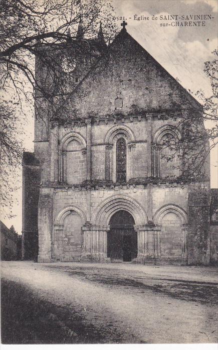 Saint-Savinien-sur-Charente , France , 00-10s ; Eglise