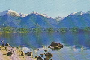 New Zealand Lake Manapouri Fiordland National Park