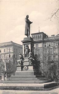 Austria, Vienna, Wien, Schiller-Denkmal, Schillerdenkmal, Statue