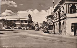 RP: Beira , Mozambique , 1940s ; Street view