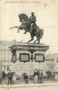 CPA ROUEN - Statue de Napoleon (201492)