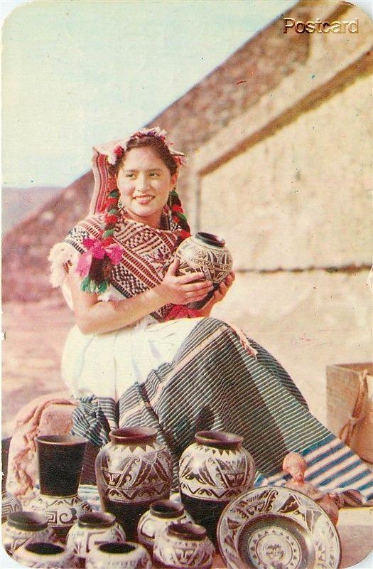 Mexico, San Juan Teotihuacan, Mexican Women with Pottery, Editorial De Arte