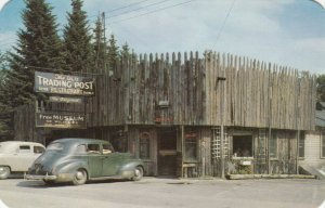 EAGLE BAY , New York , 40-50s ; TEICH's Trading Post