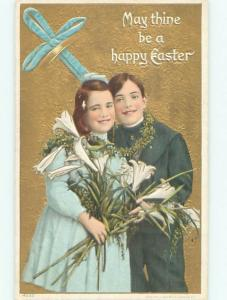 Divided-Back CHILDREN AT EASTER SCENE Great Postcard AA1830