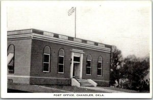 Chandler, Oklahoma Postcard POST OFFICE Building / Street View Eagle PC c1940s