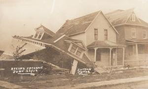RP: Cyclone Damage , REGINA , Sask., Canada , 1912 ; Buildings #2
