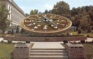Frankfort Kentucky~Capitol Grounds~Giant Floral Clock~1970s Postcard