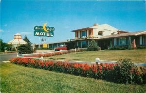 Independence Missouri~Best Western Moonlight Motel~Nice 1950s Car~Postcard