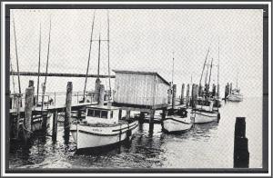 Washington, Chinook Cannery Dock Little Trollers - [WA-028]