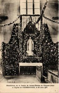 CPA l'Église de PIERREFONDS Benediction de la Statue de Ste-Therese (375616)