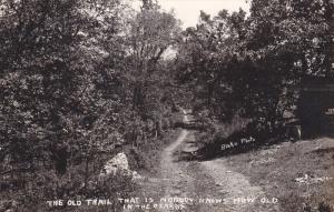 RP: Trail in the Ozarks , Missouri , PU-1954 (Branson) : Blake Photo postcard
