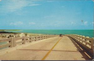 FABULOUS look at the OLD Bahia Honda Bridge  1950s / FLORIDA KEYS - Demolishe