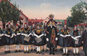 GERMANY, PU-1914; No. 1228 Hessische Trachten, Traditional Dressed Man And Women
