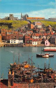 uk9376 harbour and abbey whitby  uk