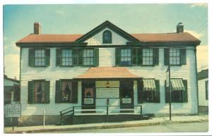 The Becky Thatcher House in Hannibal, Missouri Postcard