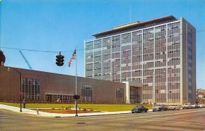 Tacoma Washington~Pierce County Courthouse~Hanging Traffic Light~1950s Cars~PC