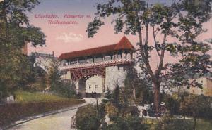 Wiesbaden , Germant , 00-10s : Romertor m. Heidenmauer