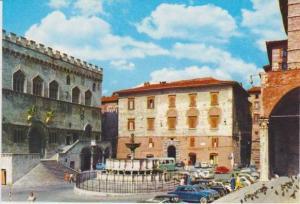 Farmcia Binni, Piazza IV Novembre e Fontana Maggiore, Perugia, Umbria, Italy