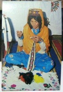 Pakistan Woman from Hunza embriodering Handicraft - unposted
