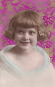 RP: Portrait of Little Girl, Gold detail, 00-10s