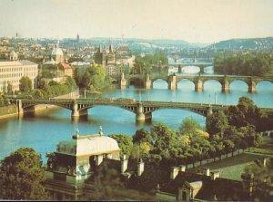 POSTAL B01858: Praha. The bridges of Prague.
