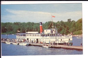 SS Segwun, Cruise Ship, Boats Muskoka Bay Dock, Ontario