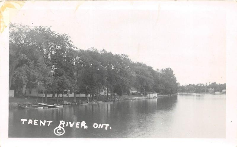 E26/ Trent River Ontario Canada Real Photo RPPC Postcard c1940s Cottages Boats 1