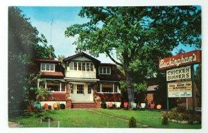 1950s Buckinghams Restaurant St Louis MO Postcard Chicken Dinners Front Porcch