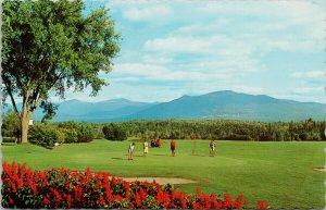 Sherbrooke QC Golf Course Golfers Unused Postcard G29