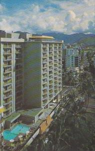Hawaii Honolulu's Steek Holiday Isle Hotel With Pool