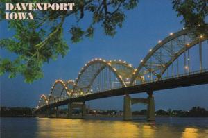 Iowa Davenport Centennial Bridge