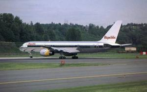 Aviation - Republic Airlines. Boeing B-757-2S7