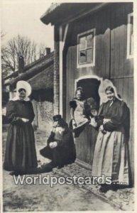 Huzerklederdrachten Holland Netherlands 1949