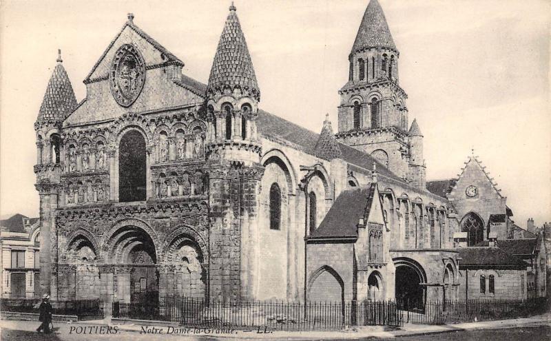 France Poitiers Notre Dame-la-Grande CPA