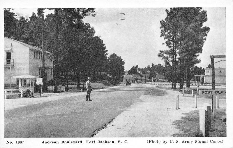 Fort Jackson SC~Traffic Soldier on Boulevard~Motorcycle~1940s WWII B&W Postcard