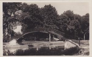 RP: Châlons-sur-Marne , France , 30-40s ; La Passerelle
