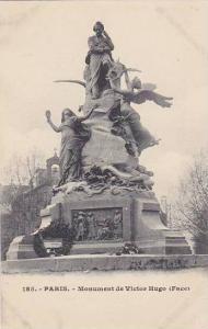 France Paris Monument de Victor Hugo