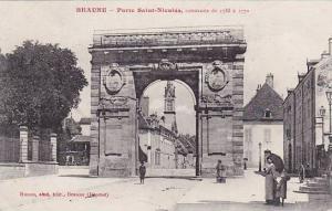 Porte Saint-Nicolas, Construite De 1755 a 1770,, Beaune (Cote d´Or), France,...