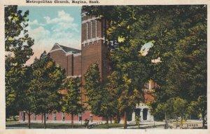 REGINA , Saskatchewan, Canada, 10-20s ; Metropolitan Church