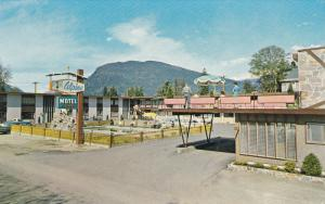 Swimming Pool, Alpine Motel, REVELSTOKE, British Columbia, Canada, 40-60´