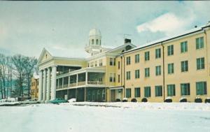 North Carolina Lake Junalaska Wintertime At Lambuth Inn