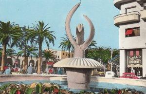 RP: CASABLANCA , Morocco , 1930-40s ; Le Jet d'Eau de la Place Mohammed V