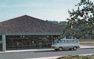 HOOD RIVER VALLEY, Oregon, 40-60s; The Fruit Tree Store