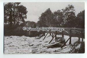 tp9139 - Esssex - Beeleigh Falls & Bridge in an Early Flood, Maldon - Postcard