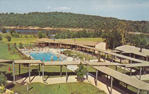 Lodge , Rough River State Park , Falls of Rough , Kentucky , 40-60s