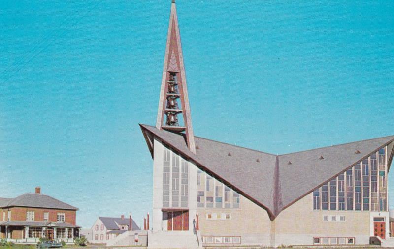 RIMOUSKI-EST , Quebec , Canada , 50-60s ; Paroisse St-Yves, Vue Exterieure de...