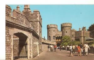 Postal 032121 : The Norman Gate Windsor