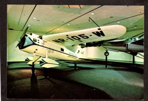DC Lockheed Vega 5C Winnie Mae Airplane Planes Smithsonian Washington Postcard